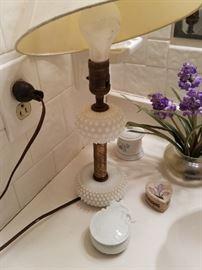 Hob knob lamp and trinkets.