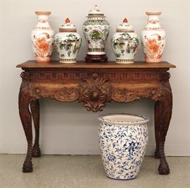 Carved mahogany console table, Chinese porcelain