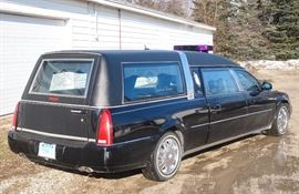 2006 Cadillac Hearse 57k miles SWEET RIDE!