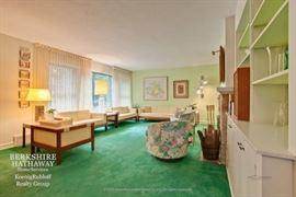 Moreddi mcm mid century loveseat, couch, sofa, armchair