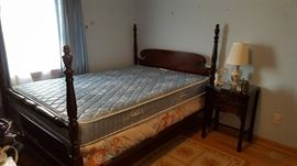 Full size four poster bed