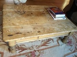 Cool rustic pine table