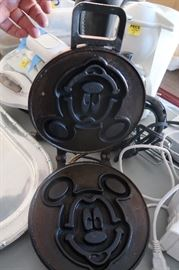 Vintage Mickey Mouse sandwich press