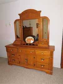 Dresser with Three Mirrors