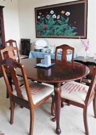 "Dining table with 6 chairs, one 18"" leaf"