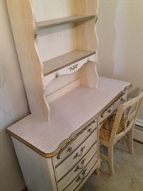 French Provincial! Desk with hutch and chair!