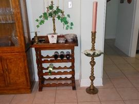 WINE RACK/BRASS CANDLE