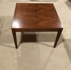 Price $100 firm -Mid Century Modern End Table - excellent condition