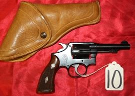 "10	SMITH & WESSON	10	REVOLVER	38	4"", LEATHER CASE"