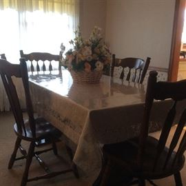 Dining Room Table and chairs with hutch
