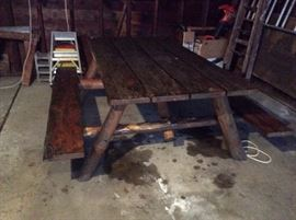 Vintage and in great condition 1950's log picnic table