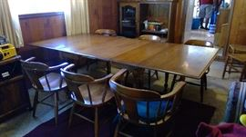 Gate leg table, two leafs, 6 chairs