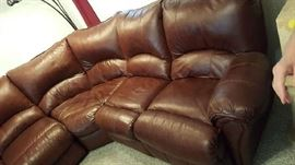 A very comfy leather sectional sofa. In great condition!