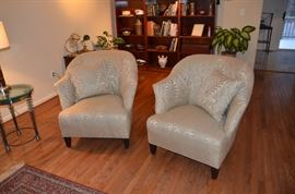 Pair of Ethan Allan custom fabric chairs, with pillows