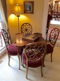 GAME TABLE WITH SPIDER BACK CHAIRS