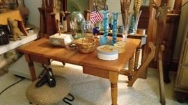 Antique salesman sample ? table used as a coffee table - leaf can be removed, antique child shoes, full size bed