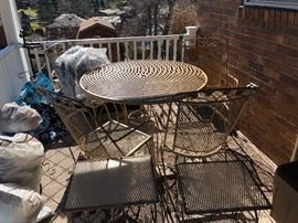 Patio Furniture https://www.ctbids.com/#!/description/share/5955