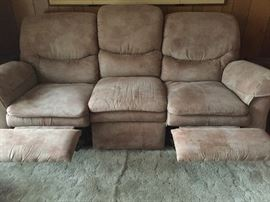Recliner on both ends, LAZBOY