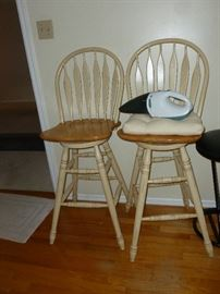 Nice pair of swivel bar stools