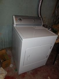 Electric dryer.  Works fine.