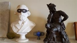 Verdi bust (r.) and large clock figure (l.)