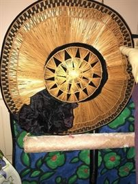 Stunning and impeccably beautiful vintage hat.