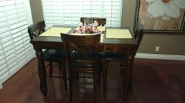 Beautiful Table and 8 chairs!mint condition purchased recently for$1,200! Selling less than 1/2!