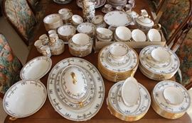 "Lenox ""The Colonial"" pattern"