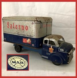 Vintage Marx Salerno Cookies and Cracker Toy Truck