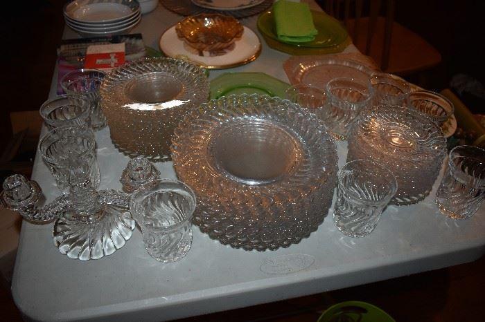 Beautiful Vintage Swirl Pattern Glassware