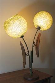 Mid Century Modern Lucite Spaghetti Globe Lamp