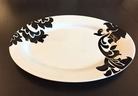 Martha Stewart Collection Black Lisbon Oval Serving Platter
