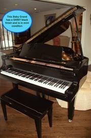 Young Chang Shiny Black Baby Grand Piano Model: G157