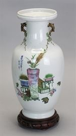 Chinese porcelain vase by artist De Yu, Republican period, vase only: 14in(H) x 6in(L)