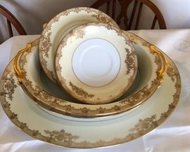 "Noritake ""Revenna"" Pattern-Set includes Serving bowls and platters, dishes"