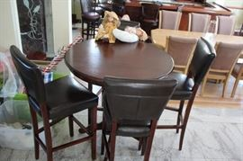 Round Pub Height Table and 4 Chairs