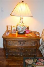 Side Table with Decorative Lamp and Bric-A-Brac