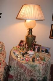 Table Round and Bric-A-Brac  with Table Lamp