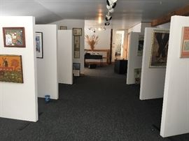 Wonderful art and fantastic stands suitable for art galleries and antique shops for sale