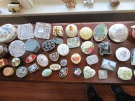 PILL AND TRINKET BOXES FROM AROUND THE WORLD