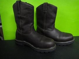 Red Head Size 8 Boots