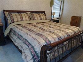Bernhardt King Size bed