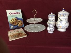 Cookies and more...  https://www.ctbids.com/#!/description/share/6667