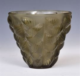 Lalique Moissac Vase        Bid on-line today through March 21st at www.fairfieldauction.com