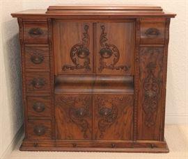 Vintage 1915 Victorian Singer Oak Wood Sewing Cabinet