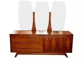 mcm dresser w mirror mill