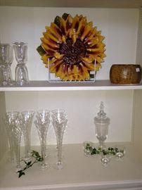 Large sunflower platter; flutes