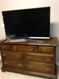 TV and chest of drawers