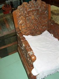 master chair with dragon arms