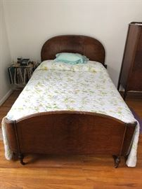 Antique Chataqua double bed